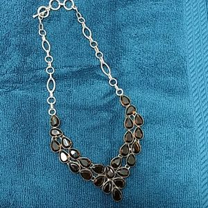 STERLING SILVER NECKLACE WITH BROWN TOPAZ GEMSTONE